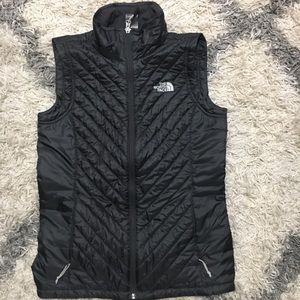 North face down puffer vest charcoal grey